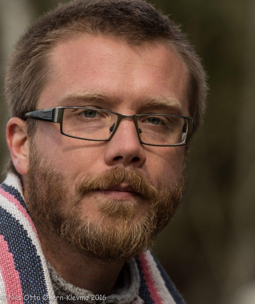 Emil spiller svensk Stenhuggare / Steinhogger
